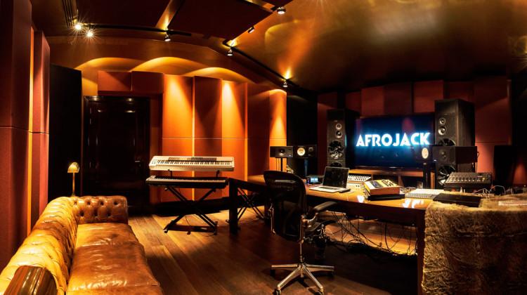 studio_main
