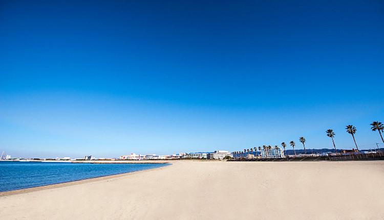 beach_w660-e1475675115550