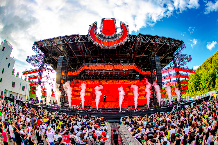 Ultra-Korea-2019-DAY1_pp-9252 のコピー