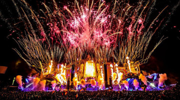 0219_News_TomorrowlandWinter